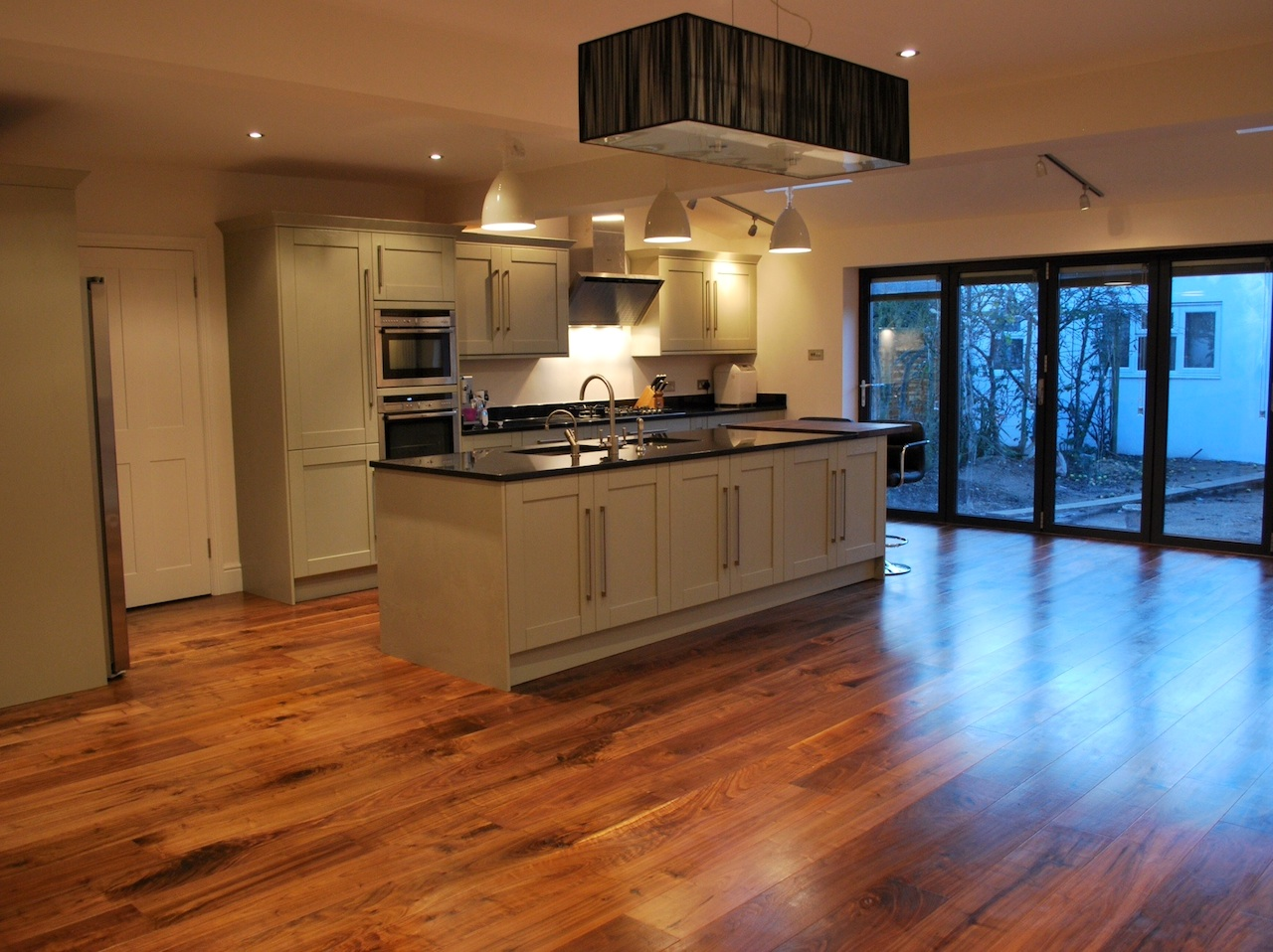 Builders Ealing London Refurbishments